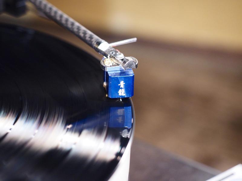 image er5_13 レコードの溝から音を拾うカートリッジはTOP WINGの青龍